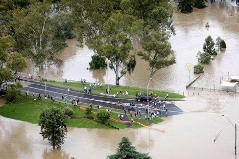 Floods Waters to Peak in Queensland