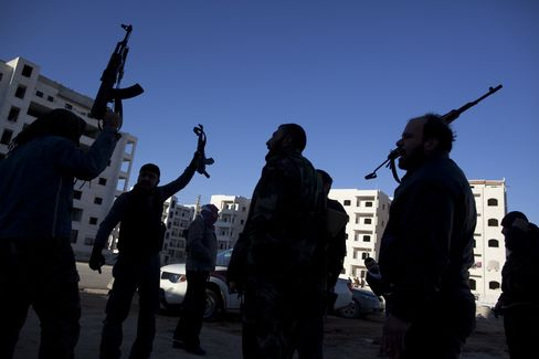 Syria Army Hits Rebels in South, Red Cross Aids Homs Refugee