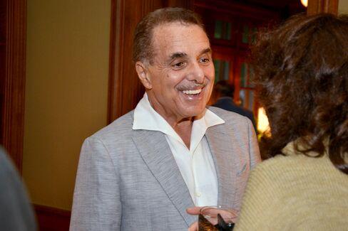 Barnes & Noble Inc. Founder Leonard Riggio
