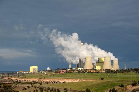 Carbon Plan Passed by Senate as Gillard Seeks Public Support