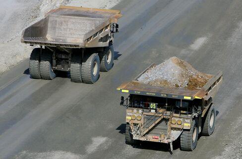 Gold Miners Lose $169 Billion as Price Slump Compounds ETF Pain