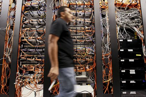 Hacker 'Armageddon' Forces Symantec, McAfee to Seek Fixes