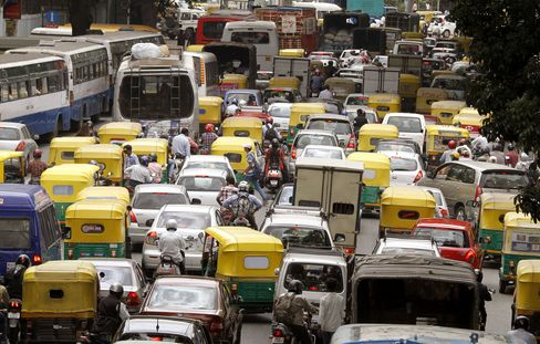 Nightmare Airport Road Costs Jobs for India Silicon Valley