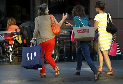 Consumer Spending Probably Helped Lift U.S. Economic Growth