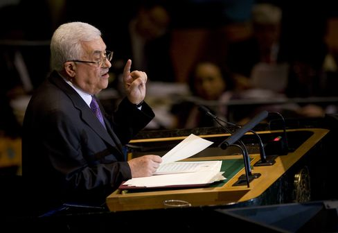 Palestinian Leader Abbas Back at UN Still Stateless, Facing Cash