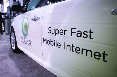 Clearwire Board Approves Increased $3.40-a-Share Bid From Sprint