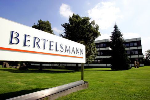 Bertelsmann Said to Hire Deutsche Bank, Morgan Stanley for RTL