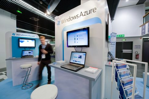 Microsoft Azure Cloud Sales Top $1 Billion Challenging Amazon