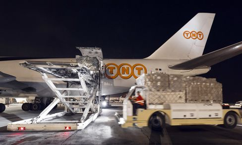 UPS Said to Weigh Sharing Transport Network to Save TNT Deal