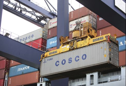 Cosco Sees 'Big Chance' China Insurer Will Cover Iran Oil Cargos