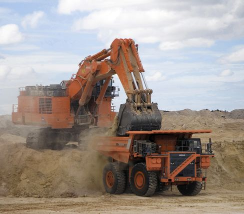 Hitachi Construction Expects Mining Companies to Fuel Sales