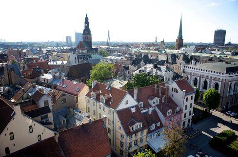 Scandinavian Banks Provoke Latvian Rebuke as Dominance Denounced