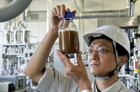 Cellulosic Biofuel to Surge in 2013 After First U.S. Plants Open