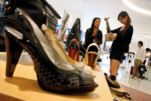 Thai GDP Growth Accelerates, Maintaining Rate-Rise Pressure