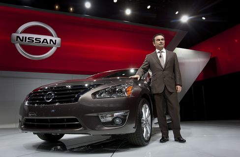 Altima Is Nissan Ticket to Ride Past Honda After 24 Years