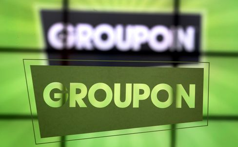 Groupon Alters Accounting, Reports Loss