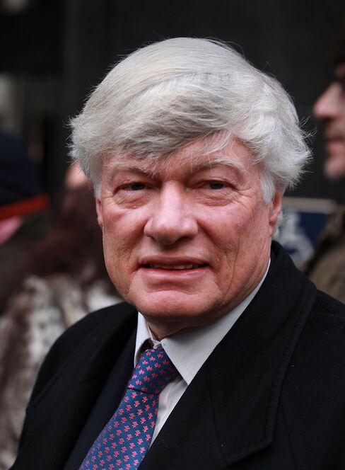 Human-Rights Lawyer Geoffrey Robertson