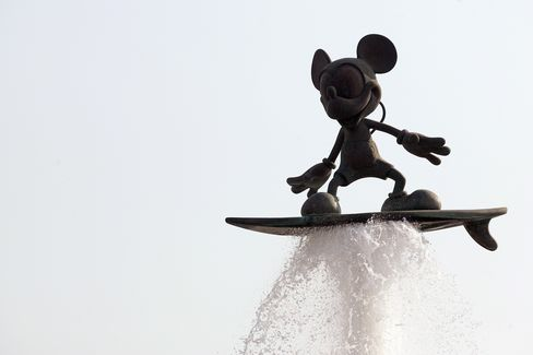Comcast-Disney Pact Signals More Deals Aimed