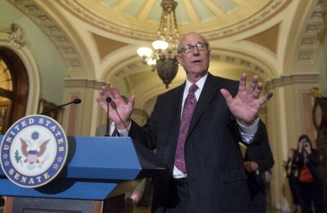 Incumbent RepublicanSenator Pat Roberts may rue giving up his Kansas home.