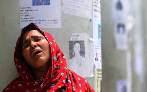 Bangladesh 1,000 Deaths Recall Disasters From Triangle to Bhopal
