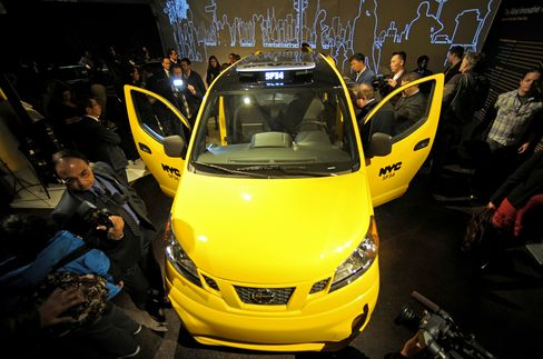 NYC 'Taxi of Tomorrow' to Have Back-Seat Airbags, Phone Chargers