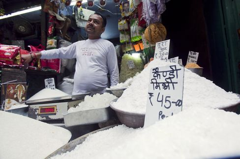 Sugar Stockpile in India at Four-Year High Seen Helping Exports