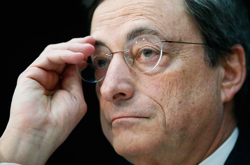 Draghi Faces Recruitment Drive as ECB Takes on Bank Supervision
