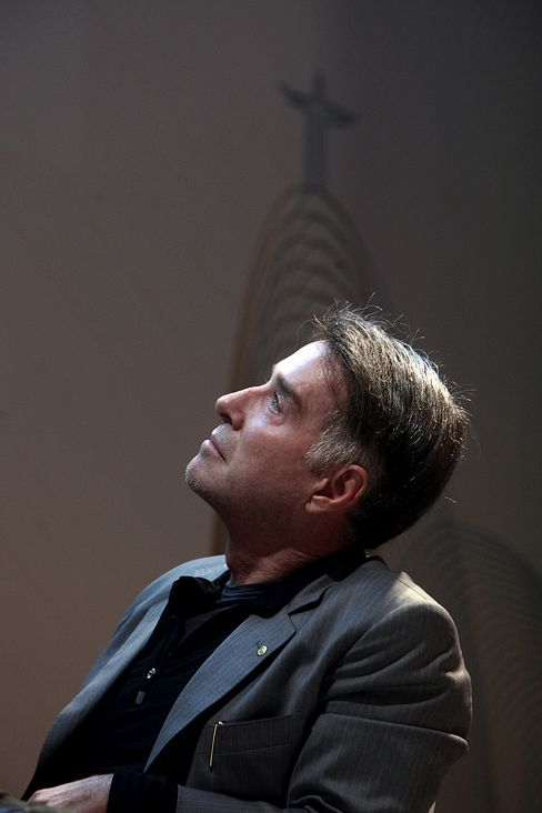 Brazilian Batista Wealth Down $7 Billion on Abu Dhabi Pledge