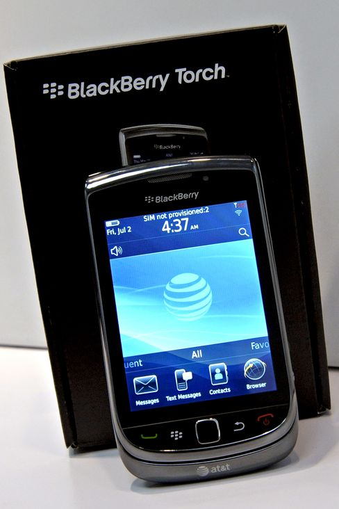 AT&T Cuts Price of RIM's BlackBerry Torch Smartphone in Half