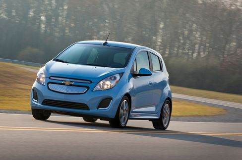 GM Says All-Electric Chevy Spark Will Start at Less Than $25,000