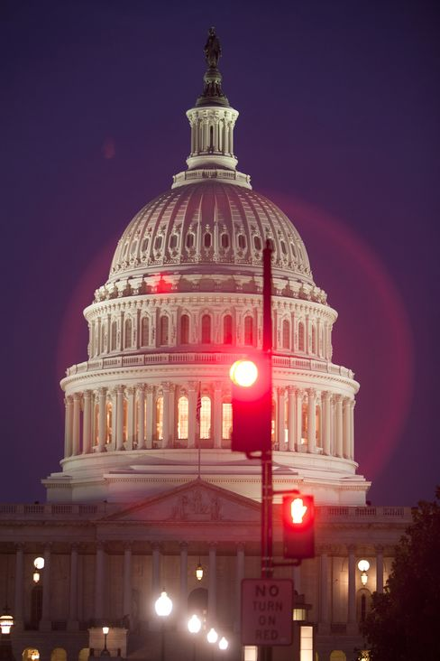 U.S. Budget Deficit Widens as Fiscal Cliff, Debt Ceiling Loom