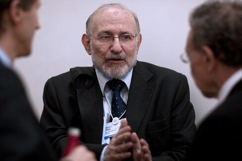 Former Bank of England Advisor Mario Blejer,