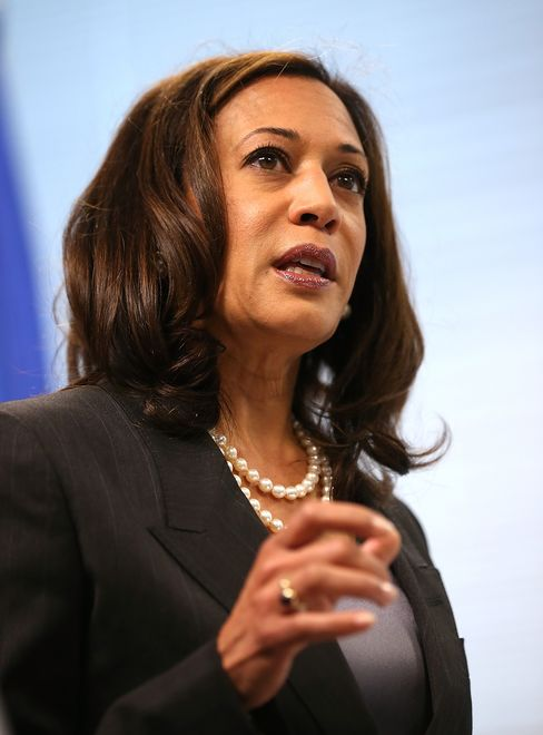 California Attorney General Kamala Harris, who gave a speech for President Barack Obama at the 2012 Democratic National Convention, is seen as a strong candidate in 2018 to succeed fellow Democrat Jerry Brown after they each serve one more term in their current posts. Photographer: Justin Sullivan/Getty Images