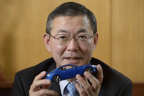 Fuji Heavy Industries Ltd. President Yasuyuki Yoshinaga