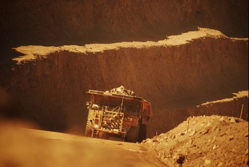 Capstone Seeking Copper Mines as BHP, Rio Sell