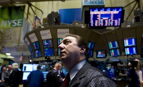 U.S. Stocks Advance on Bernanke Comments