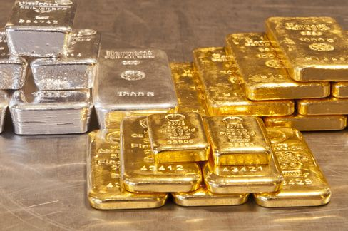 Gold 22% Rally to Record Seen by Sprott Amid Debt