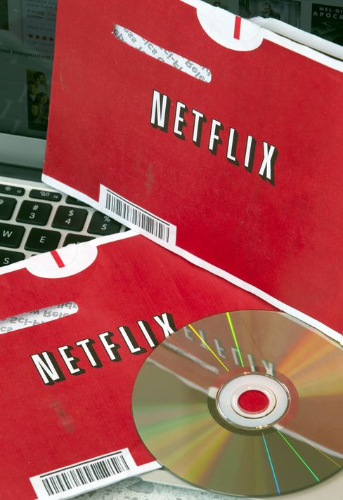 Netflix Accepts Longer Warner Bros. DVD Delay