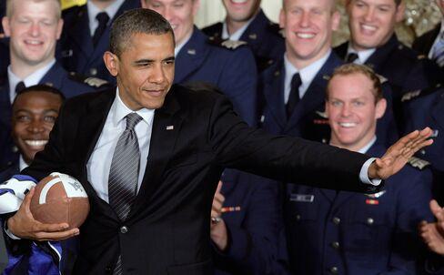 Obama Says NFL Needs to Get Regular Referees Back in Games