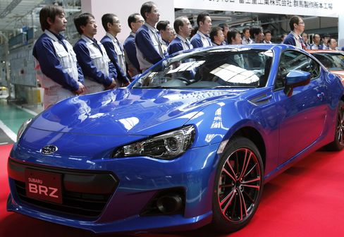 Subaru-Maker Increases Gamble on Yen by Bolstering Japan Output