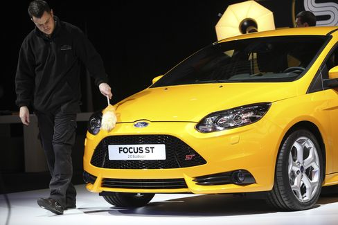 Ford Hot Hatch Has Volkswagen Playing Catch-up to Focus ST