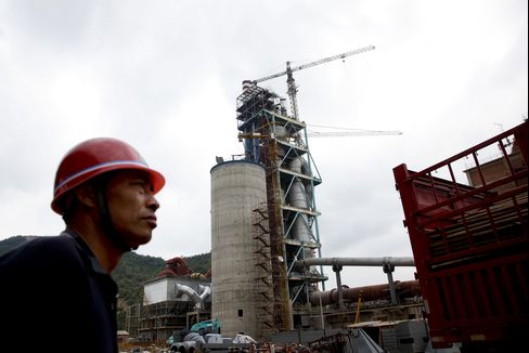 Chinas Manufacturing Grows at Faster Pace, Survey Shows