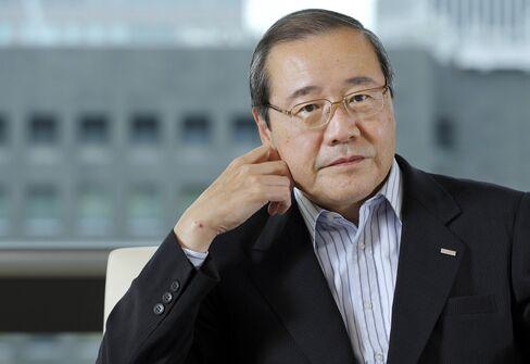 Sumitomo Mitsui Financial Group President Koichi Miyata