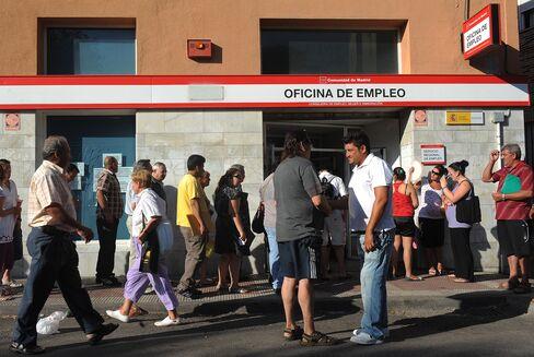 Spanish Unemployment Rises to 22.9%
