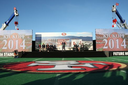 San Francisco 49ers Reach Stadium Naming Deal With Levi Strauss