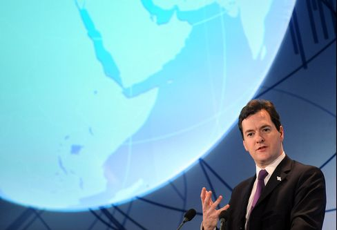Osborne Vows Joint Steps With Central Bank to Spur U.K. Credit