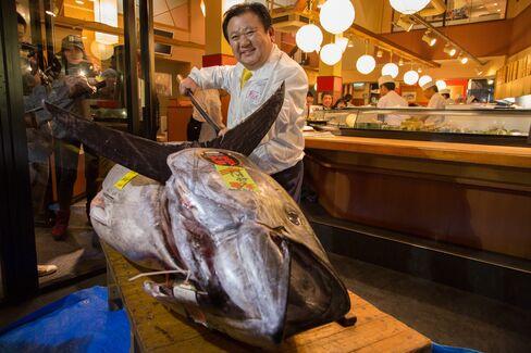 Sushi Chain Says $1.76 Million Tuna Buy May Aid Japan-China Ties
