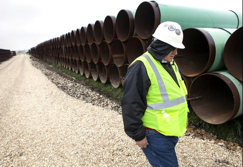 Obama Aides' Anti-Keystone View Clashes With Risk of Senate Loss