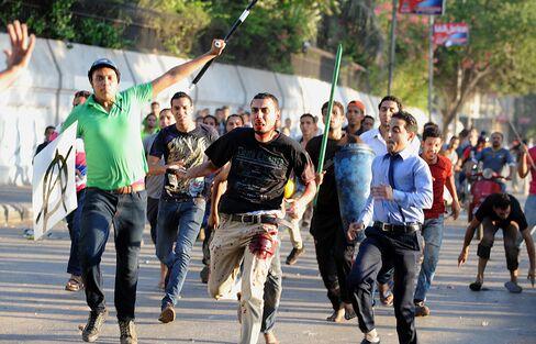 Egypt Clashes Kill 9 as Islamist Calls for U.S. Embassy Siege