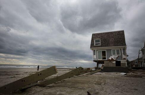 Cuomo Said to Seek $400 Million to Buy NY Beachfront Homes